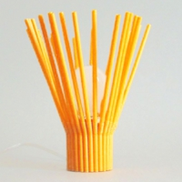 1_straw_table_orange_off.jpg